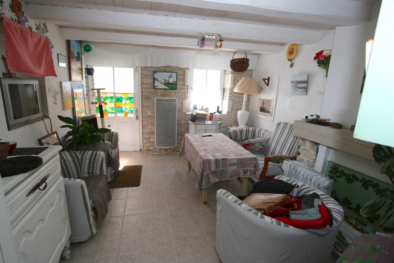Maison Ars en R� (ref=3817)