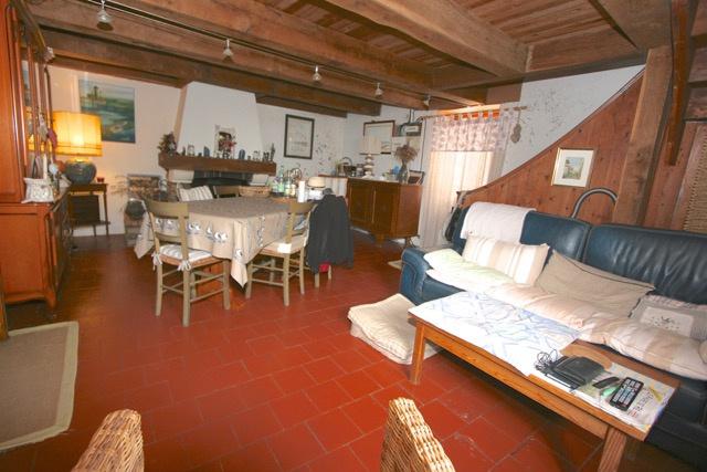 Maison de village Loix en R� (ref=3725)