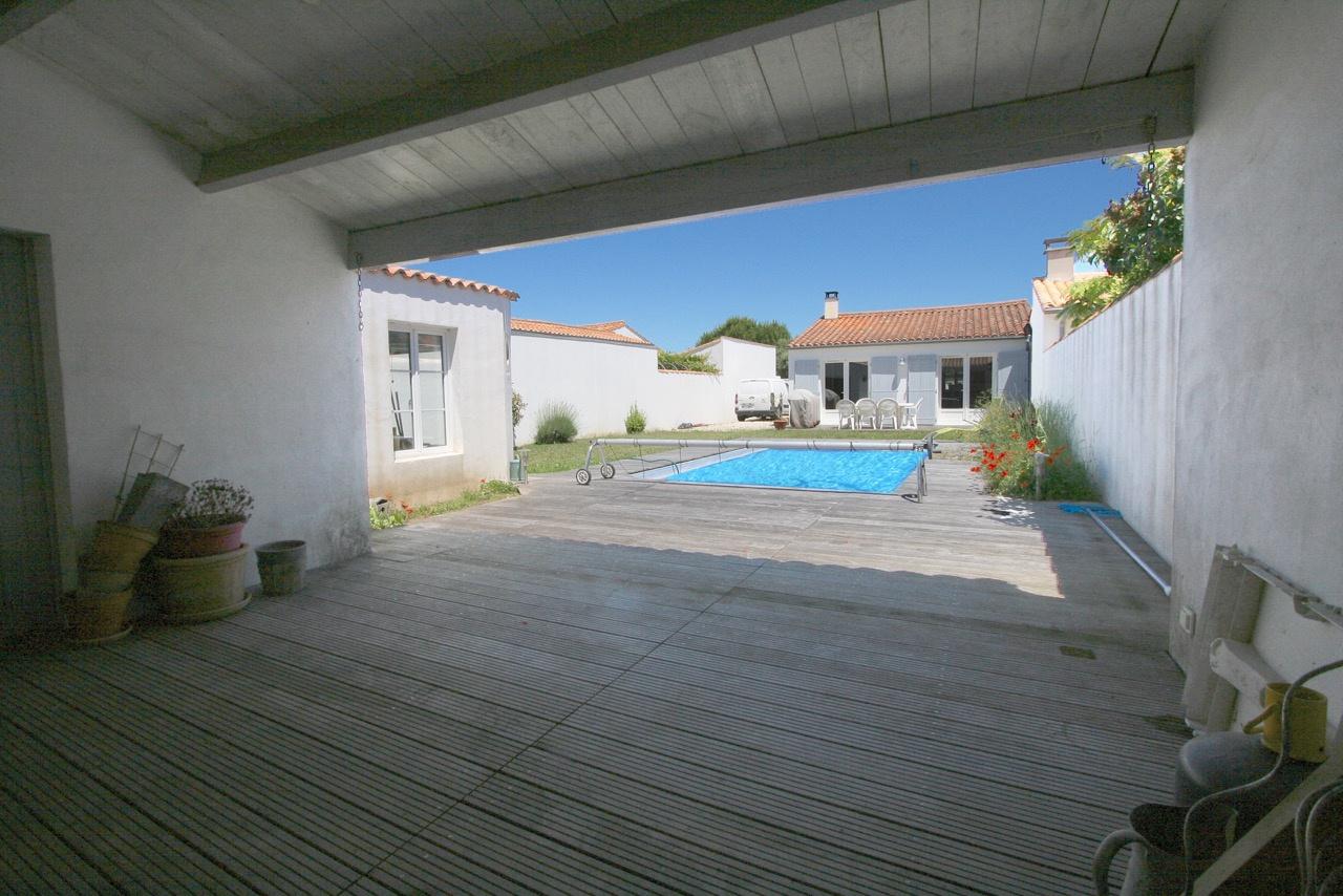 Villa Loix en R� (ref=3708)