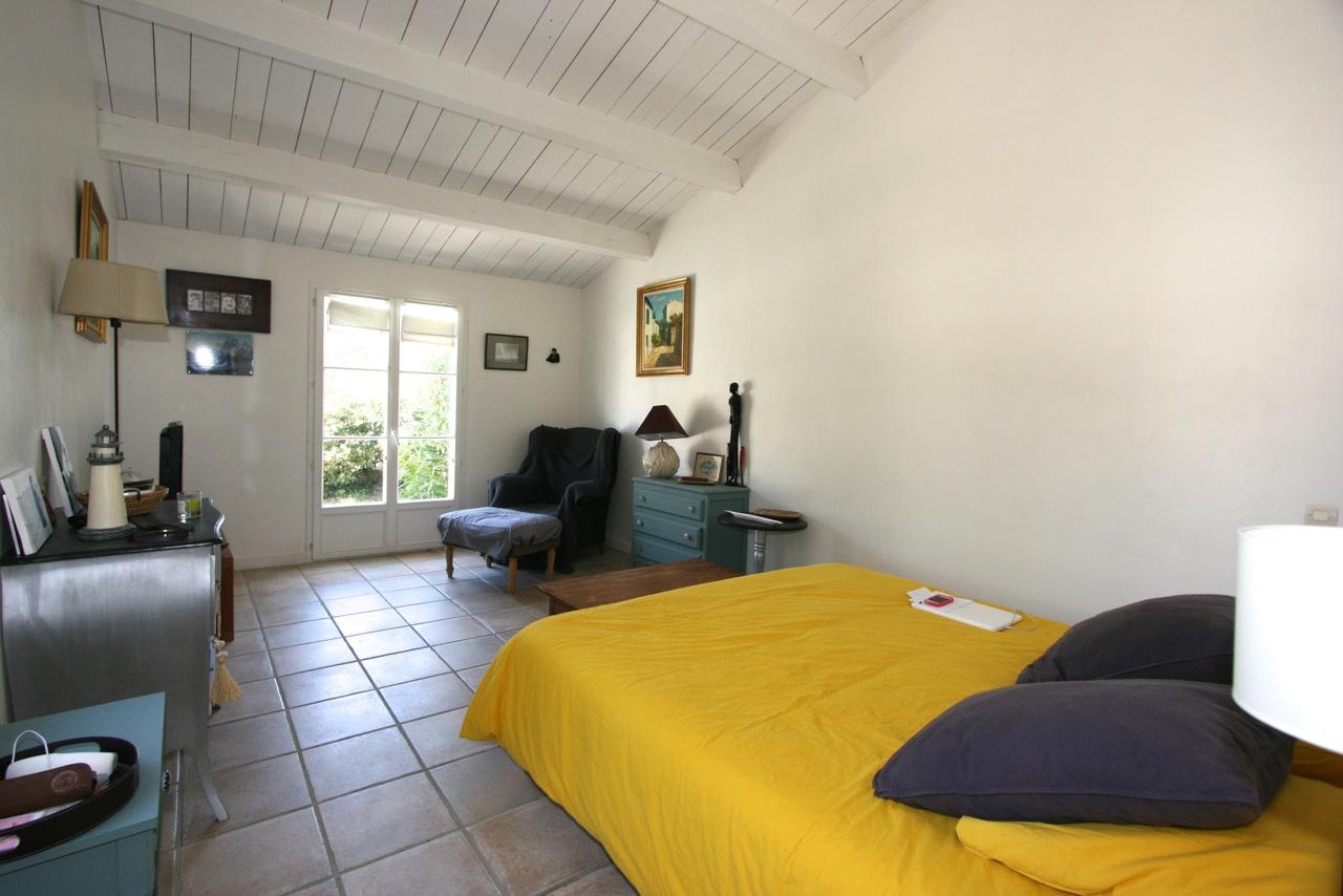 Maison Ars en R� (ref=3700)